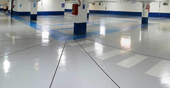 suelo resina epoxi en garaje