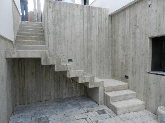escaleras en Hormigón visto