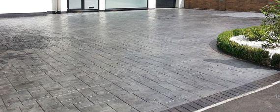pavimento exterior de hormigón impreso